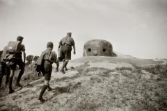 csehszlovák erőd. A felvétel a Felvidék visszacsatolása után, a Budai Ciszterci Szent Imre Gimnázium cserkészcsapatának kirándulásán készült.